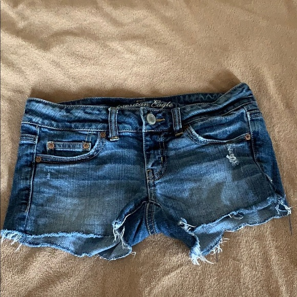 American Eagle Outfitters Pants - American Eagle Distressed Stretch Shorts Sz 2